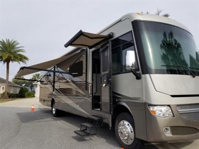 2015 Winnebago Adventurer 38Q Motorcoach