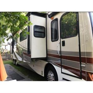 2012 Fleetwood Discovery 42M