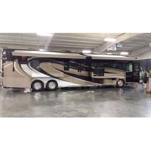 2016 Winnebago Ellipse 42HD