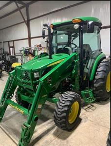 2014 John Deere 4066R Tractor