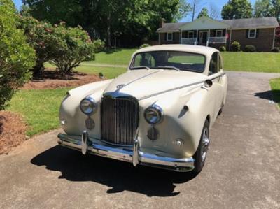1957 Jaguar Mark Viii Sedan
