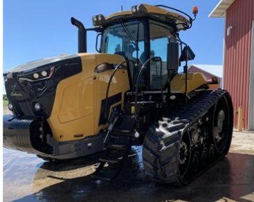 2018 Challenger MT 738 Tractor