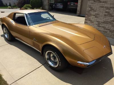 1972 Chevy Corvette Stingray C-3 COUPE WITH T-TOPS
