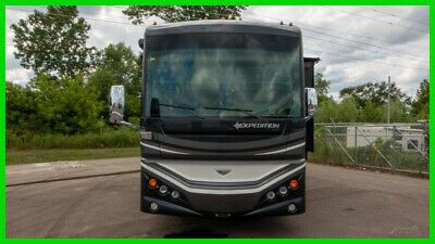 2015 Fleetwood Expedition 38S