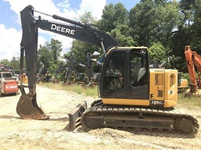 2015 John Deere 135G