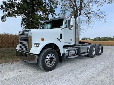 2009 Freightliner FLD 120 Classic